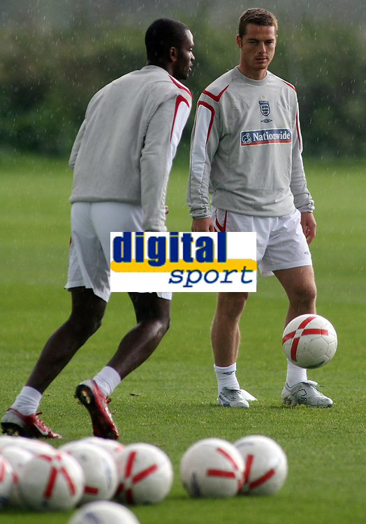 Photo: Paul Thomas.<br />England training session. 04/10/2006.<br /><br />Scott Parker.