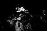 Una ragazza del quartiere di Tor Sapienza protesta contro i giornalisti colpevoli di aver definito i residenti del quartiere razzisti e violenti, Roma 13 Novembre 2014.  Christian Mantuano / OneShot