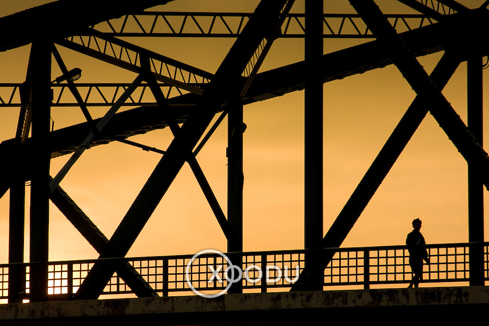 Geometric bridge structure silhouette (Bangkok, Thailand - Oct. 2008) (Image ID: 081019-1835101a)