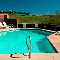 USA, Arizona, Fountain HIlls. Inn at Eagle Mountain Golf Resort Pool