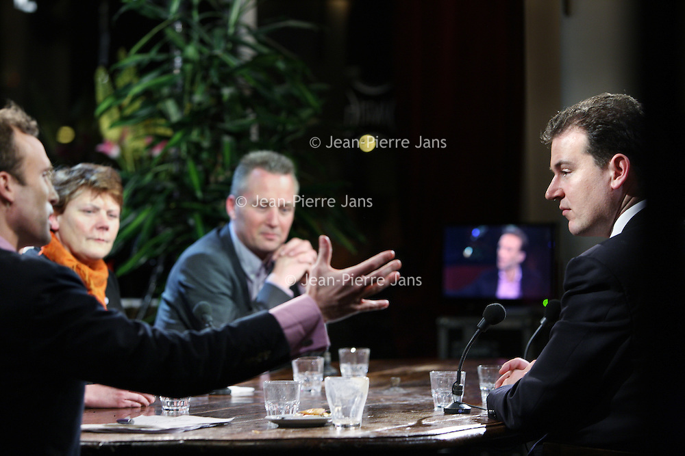 Nederland, Amsterdam , 3 maart 2010..Lodewijk Asscher lijsttrekker PvdA, lijsttrekker van de VVD Eric van der Burg en Ans van der Velde  tijdens het debat op de avond van de uitslagen van de gemeenteraadsverkiezingen  in cafe Dantzig..Foto:Jean-Pierre Jans