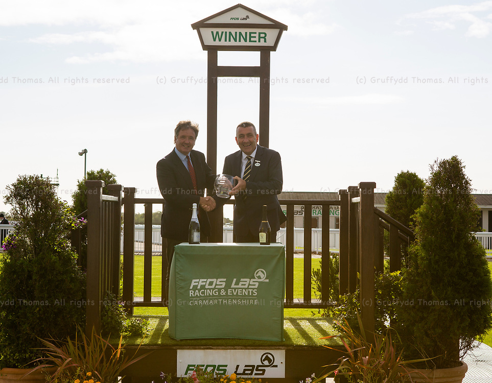 Ffos Las Racecourse, Trimsaran, Wales, UK. Monday 3 September 2018.  New Betting Sites At bettingsites.ltd.uk Apprentice Handicap (Race 7)