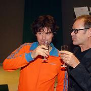 NLD/Tilburg/20061105 - Premiere Oebele, cast, Joris Lutz en Rob de Nijs