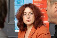 """22 AUG 2005, BERLIN/GERMANY:<br /> Monika Griefahn, MdB, SPD, Vorsitzende BT-Ausschuss fuer Kultur und Medien, waehrend der Vorbesprechung zur Diskussion zum Thema """"7 Jahre rot-gruene Kulturpolitik"""", Kulturbrauerei<br /> IMAGE: 20050822-03-019"""