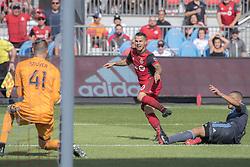 August 12, 2018 - Toronto, Ontario, Canada - MLS Game at BMO Field 2-3 New York City. IN PICTURE: SEBASTIAN GIOVINCO (Credit Image: © Angel Marchini via ZUMA Wire)