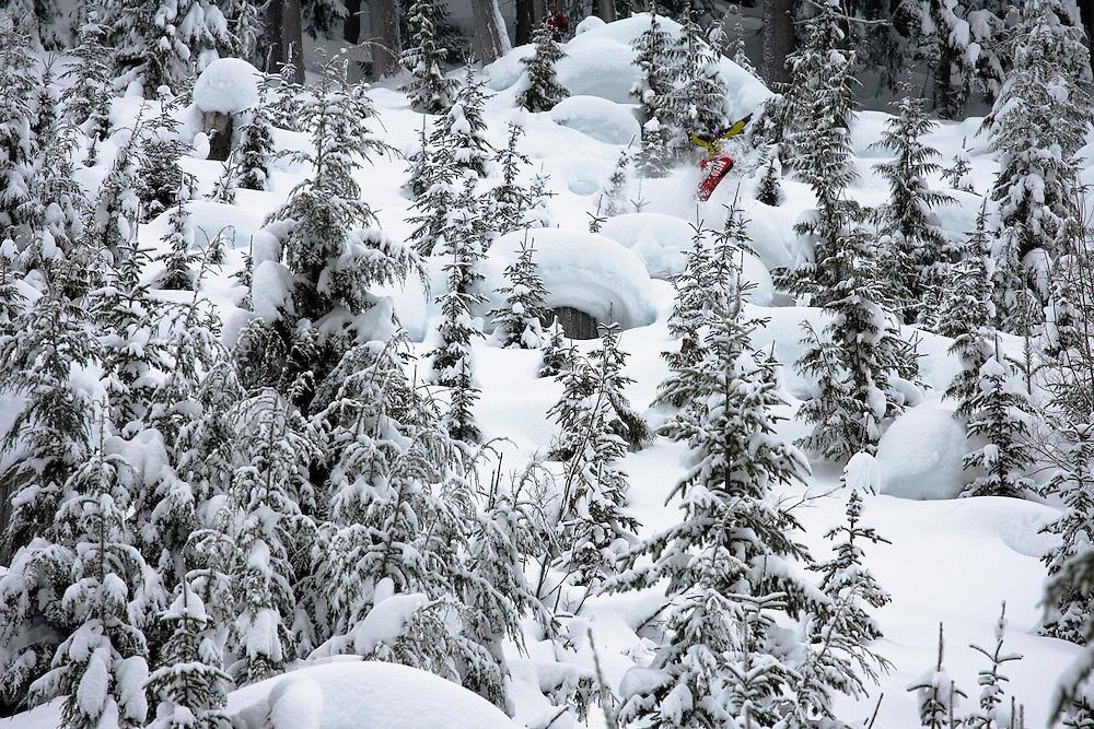 Eric Themel, pillow dreamland, Mustang Powder snowcats, Canada.