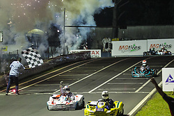 December 17, 2017 - COTIA, SP - 17.12.2017: 500 MILHAS DE KART 2017 - The most traditional race of Brazilian Kartism with more than 50 teams in search of the victory, gathered the biggest names of the motorsport world coming from the most diverse categories like Formula 1, Indy, GP2, F3, StockCar, Formula Truck , MotoGP and Kart. There are 12 hours of competition between teams competing in karts with prepared 4-stroke Honda engines. In the photo the arrival flag for the kart n? 71 of the team of Rubens Barrichello. (Credit Image: © Fotoarena via ZUMA Press)