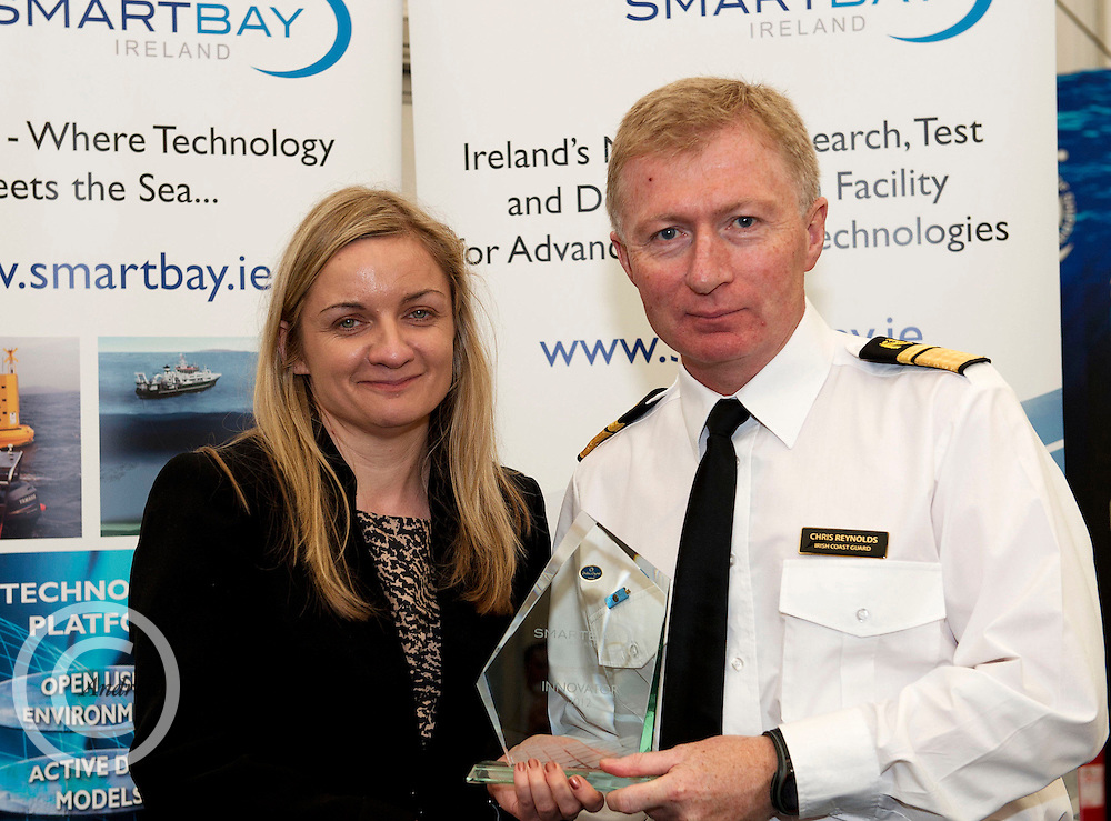 Dr. Barbara Fogarty  Marine Technology Programme presenting Chris Reynolds Decare Systems, with his SMARTBAY innovation award at the SmartOcean Innovation Exchange at the Volvo Global Village. Photo:Andrew Downes. Photo issued with Compliments no reproduction fee.