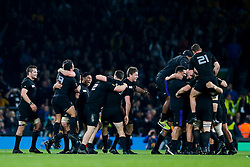 Flanker Richie McCaw (capt) and his New Zealand side celebrate after they win the match 34-17 to become 2015 World Cup Champions - Mandatory byline: Rogan Thomson/JMP - 07966 386802 - 31/10/2015 - RUGBY UNION - Twickenham Stadium - London, England - New Zealand v Australia - Rugby World Cup 2015 FINAL.