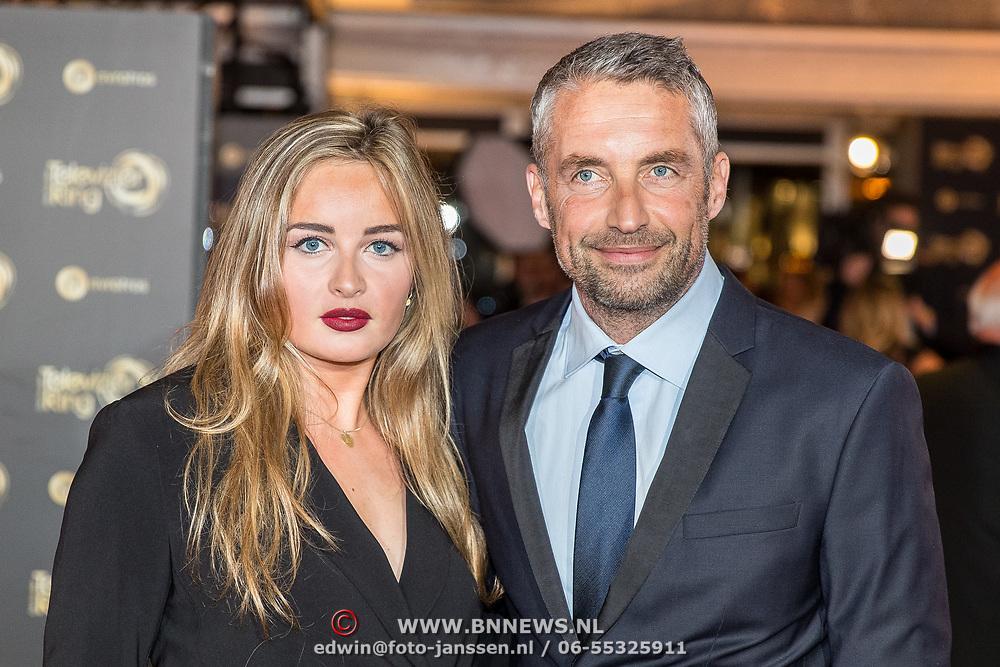 NLD/Amsterdam/20171012 - Televizier-ring Gala 2017, Matthias Scholten en partner