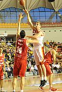 DESCRIZIONE : Roma Lega A 2012-13 Acea Roma Trenkwalder Reggio Emilia<br /> GIOCATORE : Olek Czyz<br /> CATEGORIA : tiro schiacciata<br /> SQUADRA : Acea Roma<br /> EVENTO : Campionato Lega A 2012-2013 <br /> GARA : Acea Roma Trenkwalder Reggio Emilia<br /> DATA : 14/10/2012<br /> SPORT : Pallacanestro <br /> AUTORE : Agenzia Ciamillo-Castoria/GabrieleCiamillo<br /> Galleria : Lega Basket A 2012-2013  <br /> Fotonotizia : Roma Lega A 2012-13 Acea Roma Trenkwalder Reggio Emilia<br /> Predefinita :