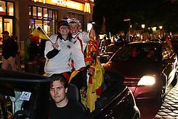 23.06.2010, Leopoldstrasse Schwabing, Muenchen, GER, FIFA Worldcup, Fanfeier nach Ghana vs Deutschland,  im Bild Fans im Autokorso, EXPA Pictures © 2010, PhotoCredit: EXPA/ nph/  Straubmeier
