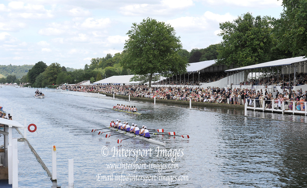 Henley, GREAT BRITAIN,  Remenham Challenge Cup. Western Rowing Club Canada. 2010 Henley Royal Regatta. 15:47:24   Saturday  03/07/2010.  [Mandatory Credit: Peter Spurrier / Intersport-images] Rowing Courses, Henley Reach, Henley, ENGLAND . HRR.