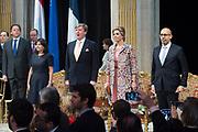 Staatsbezoek aan Frankrijk dag 2 - Ontvangst door de burgemeester van Parijs in Hotel de Ville<br /> <br /> <br /> State Visit to France Day 2 -King and Queen visit the mayor of Paris at the Hotel de Ville<br /> <br /> Op de foto / On the photo:  Staatsbezoek aan Frankrijk dag 2 - Ontvangst door de burgemeester van Parijs in Hotel de Ville<br /> <br /> <br /> State Visit to France Day 2 -King and Queen visit the mayor of Paris at the Hotel de Ville<br /> <br /> Op de foto / On the photo:  Staatsbezoek aan Frankrijk dag 2 - Ontvangst door de burgemeester van Parijs in Hotel de Ville<br /> <br /> State Visit to France Day 2 -King and Queen visit the mayor of Paris at the Hotel de Ville<br /> <br /> Op de foto / On the photo:   Koning Willem Alexander en Koningin Maxima met mevrouw A. Hidalgo, burgemeester van Parijs nemen deel aan het delegatiegesprek <br /> <br /> King Willem Alexander and Queen Maxima with Mrs A. Hidalgo, mayor of Paris join the delegation meeting
