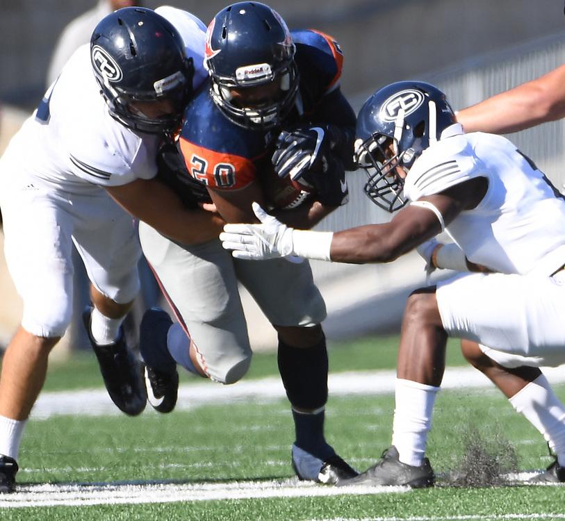 Orange Coast College Football.  Costa Mesa, CA on November 5, 2016.  ©2016 Daniel G. Lam/Sports Shooter Academy