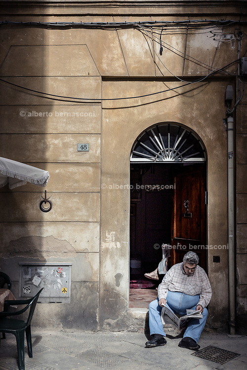 Italy, Siena, the Palio: daily life in the contradas, waiting for the final race