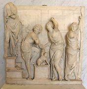 Relief in Marble, 'Le Jugement de Salomon'. Circa 1516-1529 By Italian sculptor Giovanni Maria Mosca. One of his earliest documented works. Completed during his time in Padua as a commission for Giovanni d'Antonio Minello.