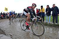 Sykkel<br /> Foto: Dppi/Digitalsport<br /> NORWAY ONLY<br /> <br /> UCI PRO TOUR<br /> PARIS - ROUBAIX 2005 - FRANCE -  10/04/2005 <br /> <br /> LARS MICHAELSEN (DEN) / TEAM CSC - TOM BOONEN (BEL) / QUICK STEP - WINNER