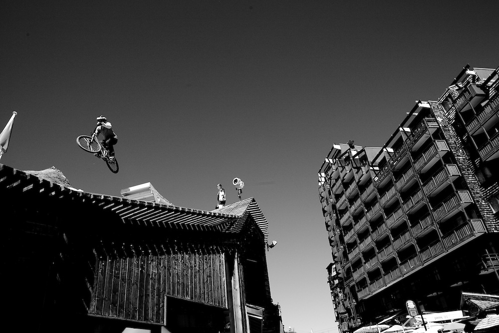 Rider: Amir Kabbami Location Contest Roof and Slopestyle Avoriaz (France)