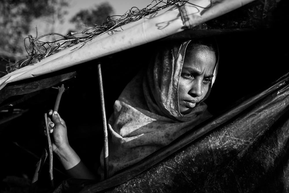 Palongkhali camp. Since the end of august 2017, the beginning of the crisis, more than 600,000 Rohingyas have fled Myanmar to seek refuge in Bangladesh. Cox's Bazar - 4th november 2017.<br /> Palongkhali camp. Depuis le début de la crise, fin août 2017, plus de 600000 Rohingyas ont fuit la Birmanie pour trouver refuge au Bangladesh. Cox's Bazar le 04 novembre 2017.
