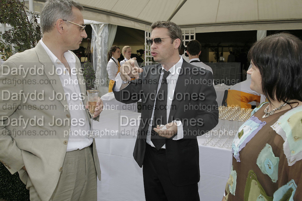 Dexter Fletcher, Veuve Clicquot Gold Cup 2006. Final day. 23 July 2006. ONE TIME USE ONLY - DO NOT ARCHIVE  © Copyright Photograph by Dafydd Jones 66 Stockwell Park Rd. London SW9 0DA Tel 020 7733 0108 www.dafjones.com