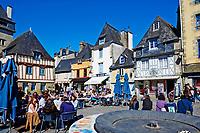 France, Finistère (29), Quimper, maisons médiévales sur la place Terre au Duc // France, Brittany, Finistere, Quimper, Terre du Duc Square