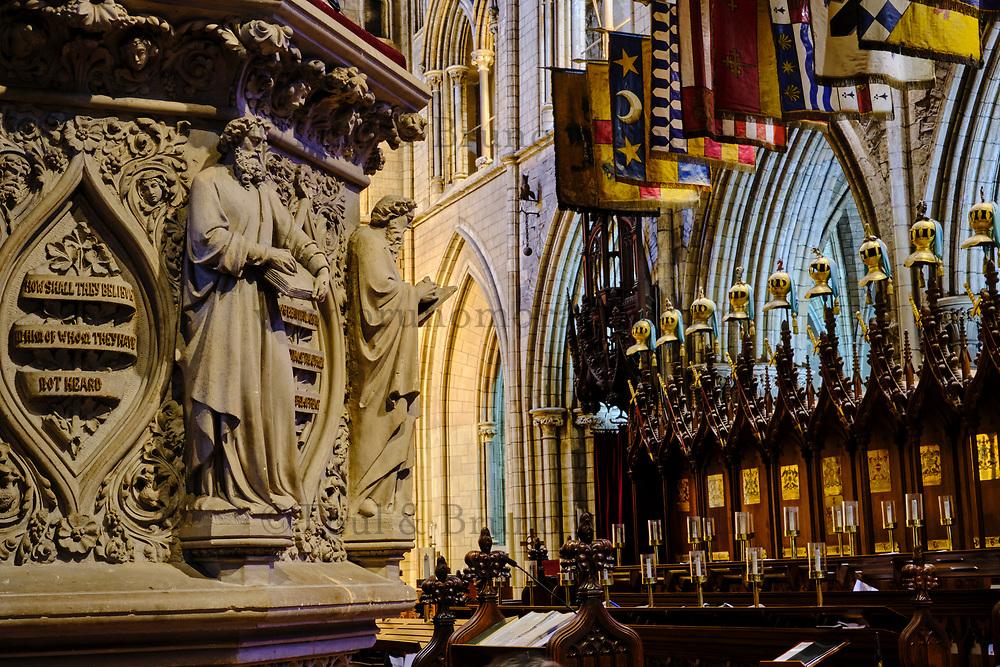 République d'Irlande, Dublin, interieur de la Cathedrale Saint Patrick, la chair et ses sculptures // Republic of Ireland; Dublin, St Patrick's cathedral church is a national church of Republic of Ireland, interior, the Choir