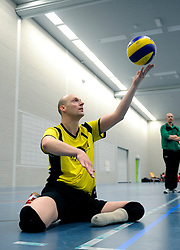 08-01-2011 VOLLEYBAL: ED ROOSEN ZITVOLLEYBALTOERNOOI 2011: LEERSUM<br /> Voller volleyball club organizes for the ninth consecutive time the Ed Roosen sitting volleyball tournament / Apollo vs. FDS<br /> ©2011-WWW.FOTOHOOGENDOORN.NL