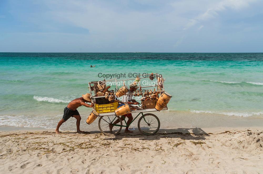 Cuba, Matanzas, Varadero, plage côte nord, plage de Punta Rincon Frances // Cuba , Matansas, Varadero , north coast, beach at  Punta Rincon Frances