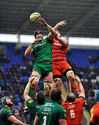 George Skivington of London Irish and Sebastian de Chaves of Leicester Tigers compete for the ball at a lineout - Photo mandatory by-line: Patrick Khachfe/JMP - Mobile: 07966 386802 22/02/2015 - SPORT - RUGBY UNION - Reading - Madejski Stadium - London Irish v Leicester Tigers - Aviva Premiership
