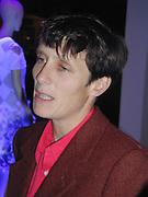 Joseph Ettedgui, Isabella Blow and Michael Roberts host a private viewing of Alexandre Herchcovitch. Joseph, Fulham Rd. London. 27 September 2000. © Copyright Photograph by Dafydd Jones 66 Stockwell Park Rd. London SW9 0DA Tel 020 7733 0108 www.dafjones.com
