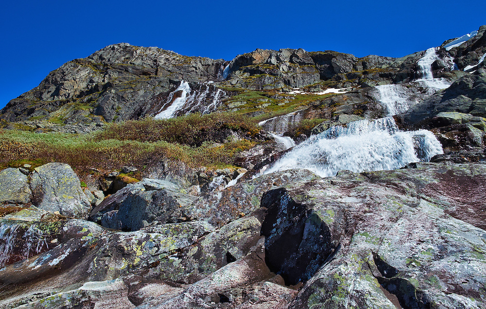 Norway - Oppland - Øvre Nufstjønne - Nedre Nufstjønne - Waterfalls