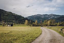 THEMENBILD - eine Person beim spazieren in der Natur, aufgenommen am 02. Mai 2020 in Kaprun, Österreich // a person walking in nature, Kaprun, Austria on 2020/05/02. EXPA Pictures © 2020, PhotoCredit: EXPA/ JFK