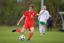 WREXHAM, WALES - Wednesday, October 30, 2019: Wales' Here Hewitt-White during the 2019 Victory Shield match between Wales and Republic of Ireland at Colliers Park. (Pic by David Rawcliffe/Propaganda)