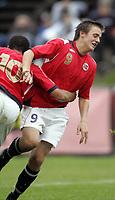 Fotball<br /> Landskamp G15<br /> Sverige v Norge 0:3<br /> Arvika<br /> 23.09.2010<br /> Foto: Morten Olsen, Digitalsport<br /> <br /> Norge jubler for scoring<br /> Riki Tomas Alba  -  Vålerenga (10)<br /> Martin Wilhelmsen Trøen  -  Eidsvoll (9)