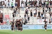 Fussball: 2. Bundesliga, FC St. Pauli - Holstein Kiel, Hamburg, 25.07.2021<br /> Jubel von Torschuetze Leart Paqarada (Pauli)<br /> © Torsten Helmke
