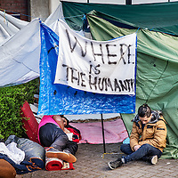 Nederland, Amsterdam, 19 april 2016.<br /> Een aantal vluchtelingen, veelal van Syrische afkomst, die tijdelijk verblijven in de Havenstraat zijn in hongerstaking gegaan.<br /> <br /> A number of refugees, mostly of Syrian origin who reside temporarily in the Havenstraat have gone on hunger strike.<br /> <br /> <br /> Foto: Jean-Pierre Jans