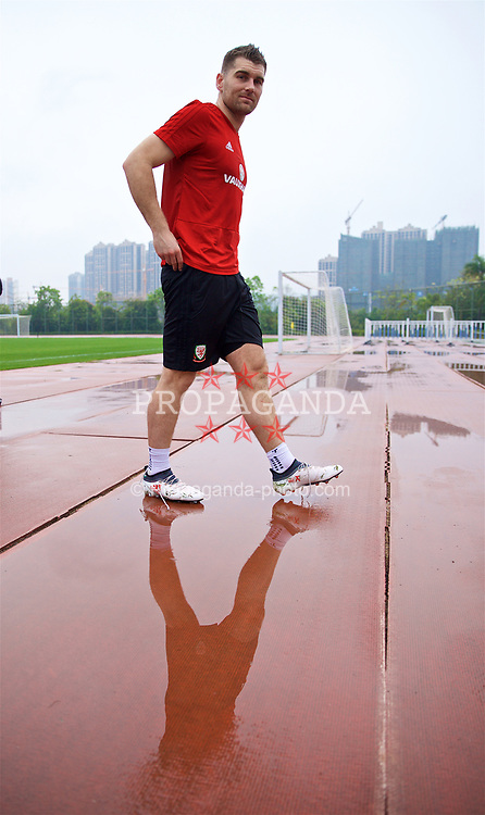 NANNING, CHINA - Saturday, March 24, 2018: Wales' Sam Vokes after a training session at the Guangxi Sports Centre ahead of the 2018 Gree China Cup International Football Championship final match against Uruguay. (Pic by David Rawcliffe/Propaganda)