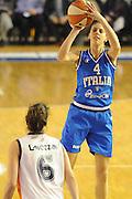 DESCRIZIONE : Parma All Star Game 2012 Donne Torneo Ocme Lega A1 Femminile 2011-12 FIP <br /> GIOCATORE : Chiara Consolini<br /> CATEGORIA : tiro<br /> SQUADRA : Nazionale Italia Donne Ocme All Stars<br /> EVENTO : All Star Game FIP Lega A1 Femminile 2011-2012<br /> GARA : Ocme All Stars Italia<br /> DATA : 14/02/2012<br /> SPORT : Pallacanestro<br /> AUTORE : Agenzia Ciamillo-Castoria/C.De Massis<br /> GALLERIA : Lega Basket Femminile 2011-2012<br /> FOTONOTIZIA : Parma All Star Game 2012 Donne Torneo Ocme Lega A1 Femminile 2011-12 FIP <br /> PREDEFINITA :