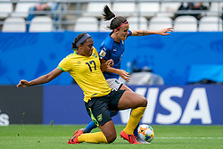 14-06-2019 FRA: Jamaica - Italy, Reims<br /> FIFA Women's World Cup France group C match between Jamaica and Italy at Stade Auguste Delaune / penalty for Barbara Bonansea #11 of Italy, Lisa Boattin #17 of Italy