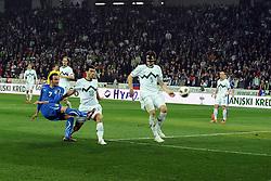 25.03.2011, SRC Stozice, Ljubljana, SLO, EURO 2012 Qualifikation, Slovenia vs Italy, im Bild Giampaolo Pazzini Italia colpisce il palo. EXPA Pictures © 2011, PhotoCredit: EXPA/ InsideFoto/ Nicolo Zangirolami +++++ ATTENTION - FOR AUSTRIA/AUT, SLOVENIA/SLO, SERBIA/SRB an CROATIA/CRO CLIENT ONLY +++++