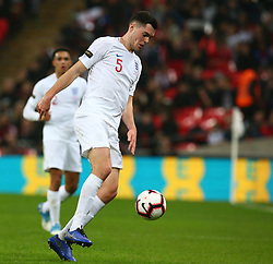 November 15, 2018 - London, United Kingdom - England's Michael Keane in Action.during the friendly soccer match between England and USA at the Wembley Stadium in London, England, on 15 November 2018. (Credit Image: © Action Foto Sport/NurPhoto via ZUMA Press)