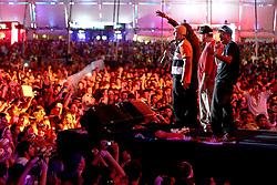 Chorão, do Charlie Brown Jr durante show do Racionais MC's  no Planeta Atlântida 2013/SC, que acontece nos dias 11 e 12 de janeiro no Sapiens Parque, em Florianópolis. FOTO: Jefferson Bernardes/Preview.com