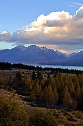 A ilha sul é divida ao centro pelos Alpes. A região possui belezas únicas, sendo a grande referência, o Parque Nacional de Mount Cook/Aoraki. FOTO: Lucas Uebel/Preview.com