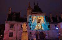 France, Cher (18), Bourges, illuminations du parcours, Les nuits lumières de Bourges, Palais Jacques-Coeur / France, Cher (18), Bourges, illumination during Les nuits lumières de Bourges, Jacques Coeur Palace