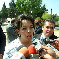 Toluca, Mex.- Guadalupe Monter Flores secretaria de educación, encabezo la ceremonia del LXXI aniversario de la Expropiación Petrolera. Agencia MVT / José Hernández. (DIGITAL)<br /> <br /> <br /> <br /> NO ARCHIVAR - NO ARCHIVE