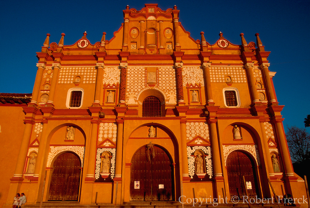 MEXICO, COLONIAL CITIES, CHIAPAS San Cristobal de las Casas, historic capital of highland Chiapas; the Cathedral facade, c1528-1693