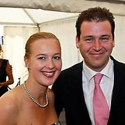 NLD/Amsterdam/20100605 - Amsterdamdiner 2010, politicus Lodewijk Asscher en partner Jildau Piena