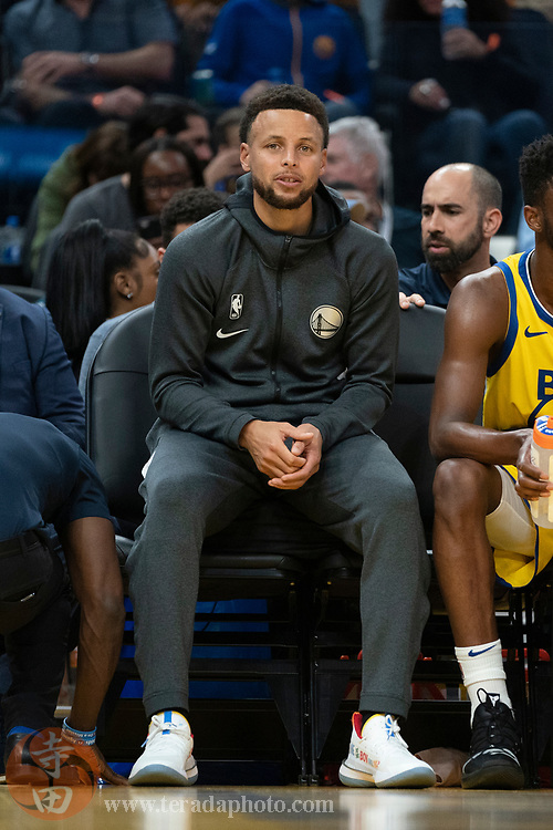 February 23, 2020; San Francisco, California, USA; Golden State Warriors guard Stephen Curry (30) during the third quarter against the New Orleans Pelicans at Chase Center.