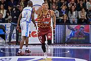 DESCRIZIONE : Campionato 2015/16 Serie A Beko Dinamo Banco di Sardegna Sassari - Umana Reyer Venezia<br /> GIOCATORE : Josh Owens<br /> CATEGORIA : Ritratto Esultanza<br /> SQUADRA : Umana Reyer Venezia<br /> EVENTO : LegaBasket Serie A Beko 2015/2016<br /> GARA : Dinamo Banco di Sardegna Sassari - Umana Reyer Venezia<br /> DATA : 01/11/2015<br /> SPORT : Pallacanestro <br /> AUTORE : Agenzia Ciamillo-Castoria/L.Canu